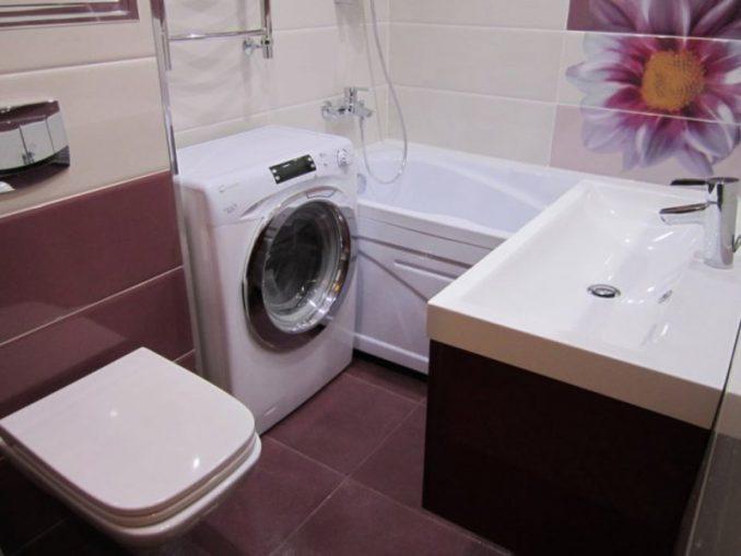 Яркая ванная в хрущевке