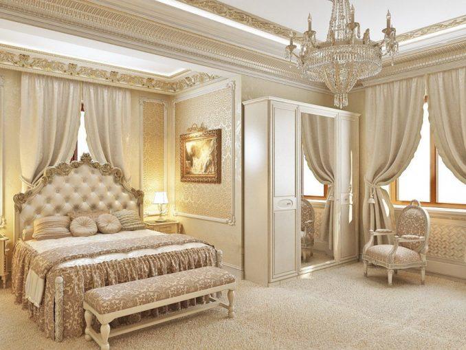 Декорации в интерьере спальни в классическом стиле