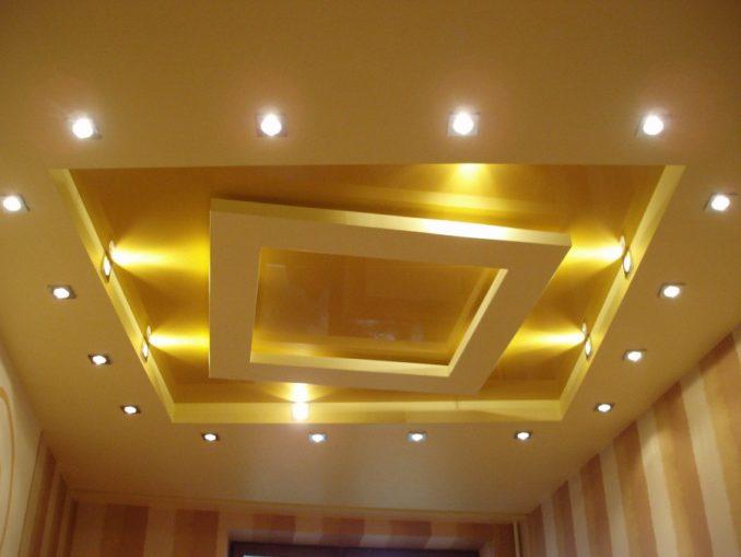 Потолки из гипсокартона с подсветкой фото для гостиной