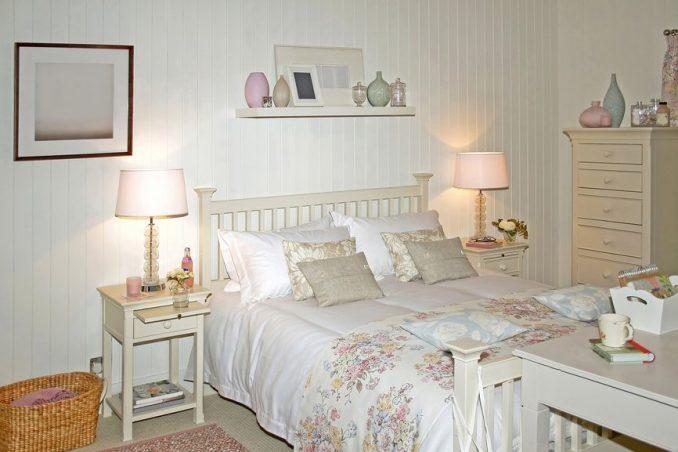 Светильники в спальне в стиле прованс