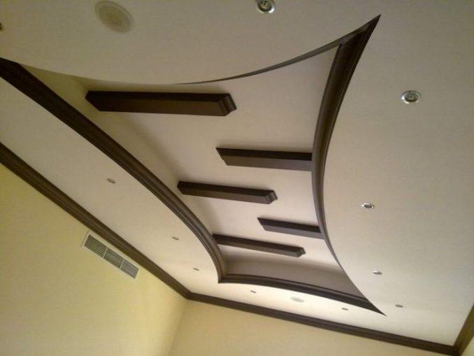 Цветной потолок из гипсокартон фото