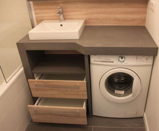 стиральная машинка в шкафу в ванной фото